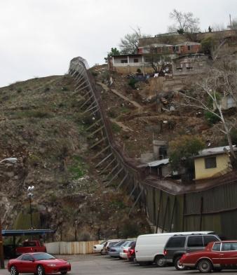 US-Mexico-Nogales-Border